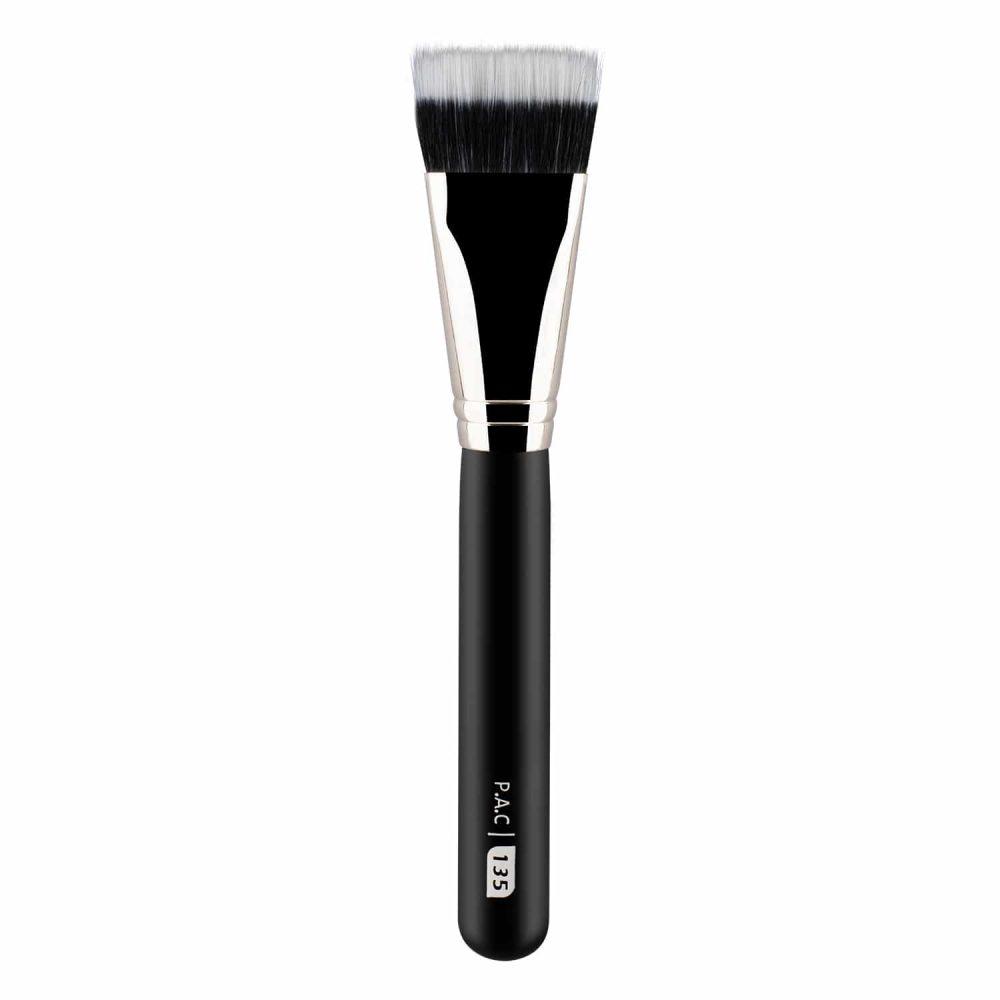 Foundation Brush 135
