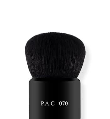 Powder Brush | 070